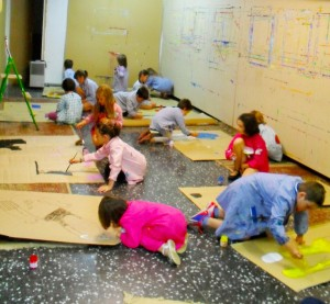 Talleres estraescolares de pintura creativa para peques en colegios, Maite Arriaga
